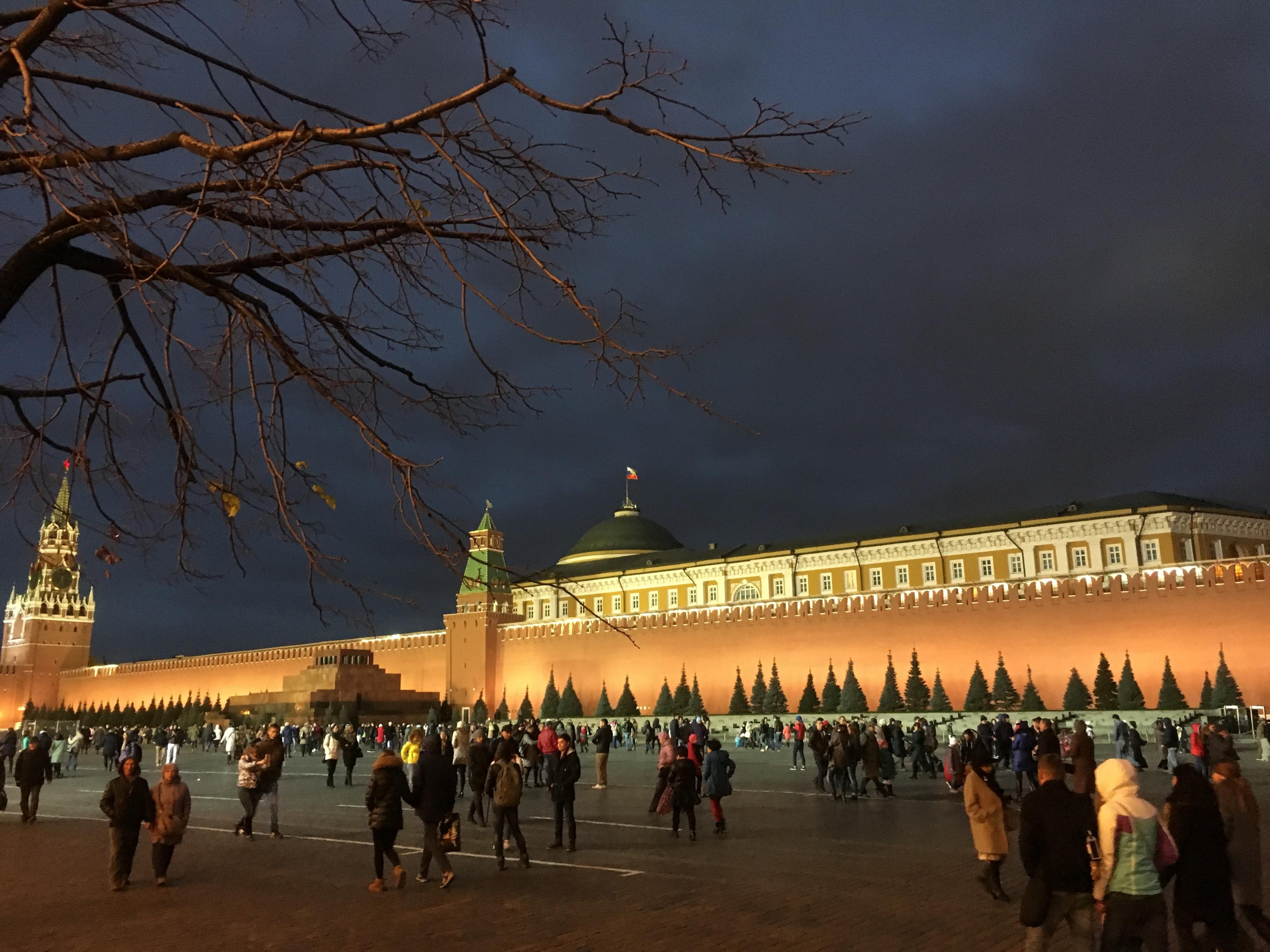 息子と歩いたモスクワ・赤の広場の衝撃
