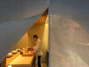 佐伯幸太郎の美女と美食三昧2 「Le SUSHI  OKUDA」