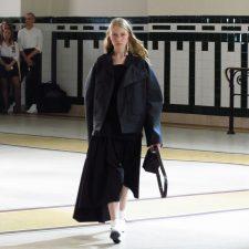 ユニフォームとワークウェア:パリファッションの新潮流