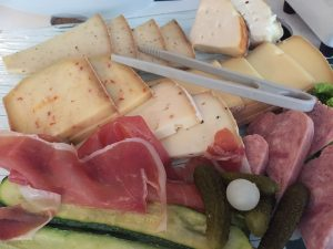 「ワインだけじゃ、フランスは語れない!」ラクレットチーズ