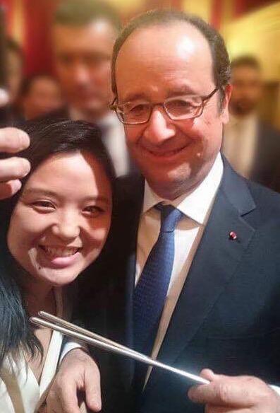大統領に箸を持たせた女