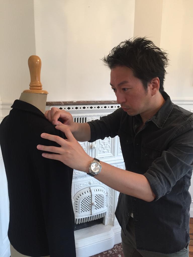 パリで生きるファッションデザイナーとしての決意