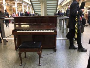 人生は後始末「セント・パンクラス駅のピアノ」