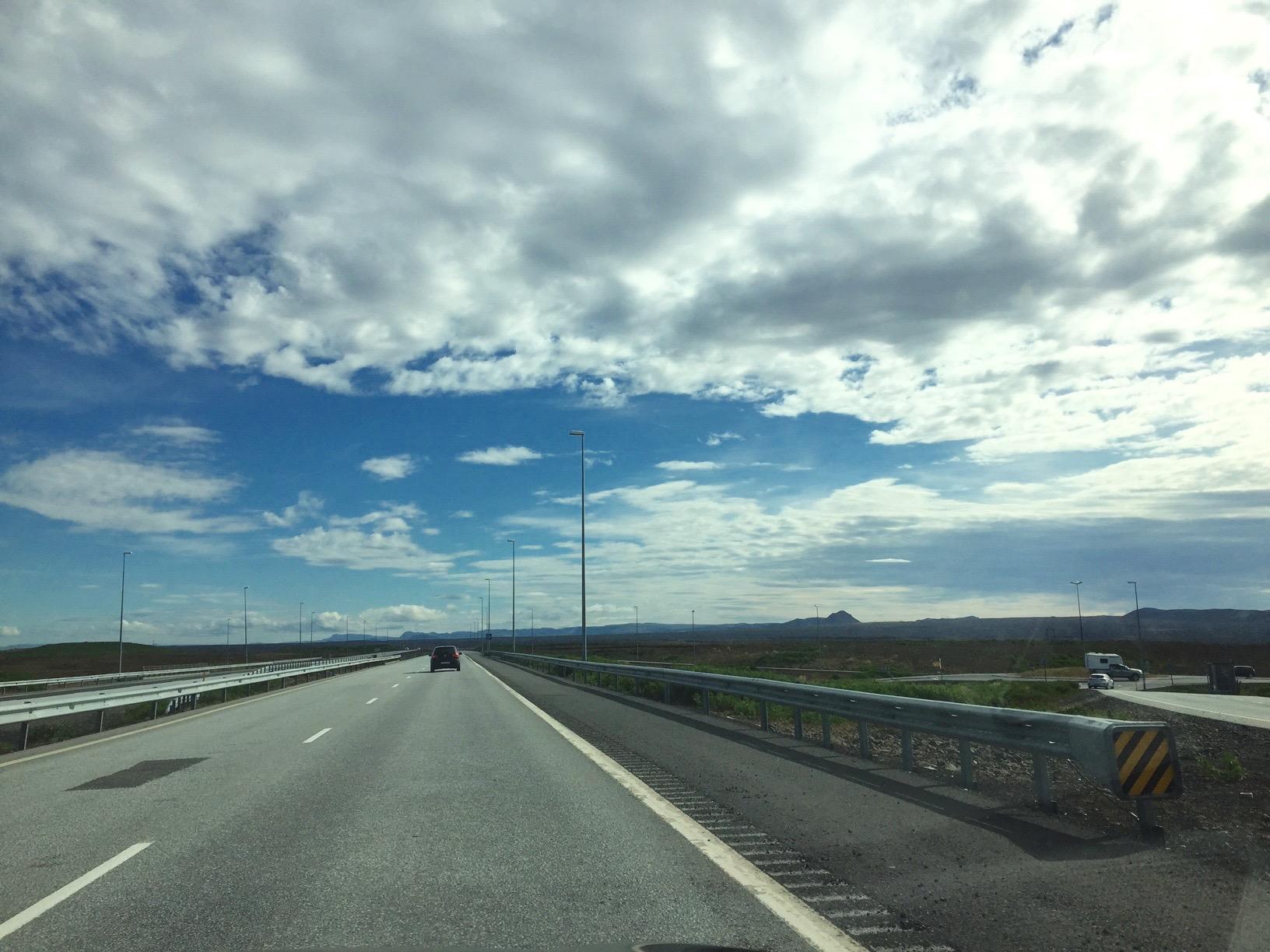 父子旅「いざ、氷の島国、アイスランドへ」