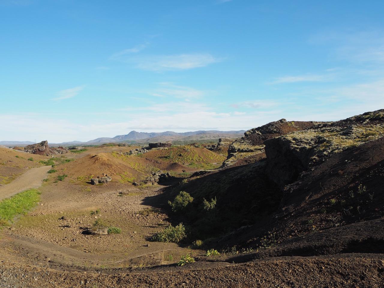 父子旅「神秘の島  アイスランドのパワースポット、そして夏のオーロラ」