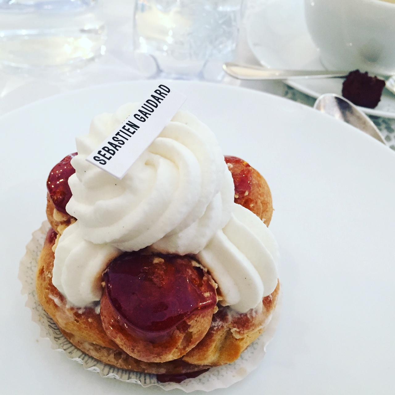 みんな大好きフランス菓子「サントノレ」の美味しい秘密