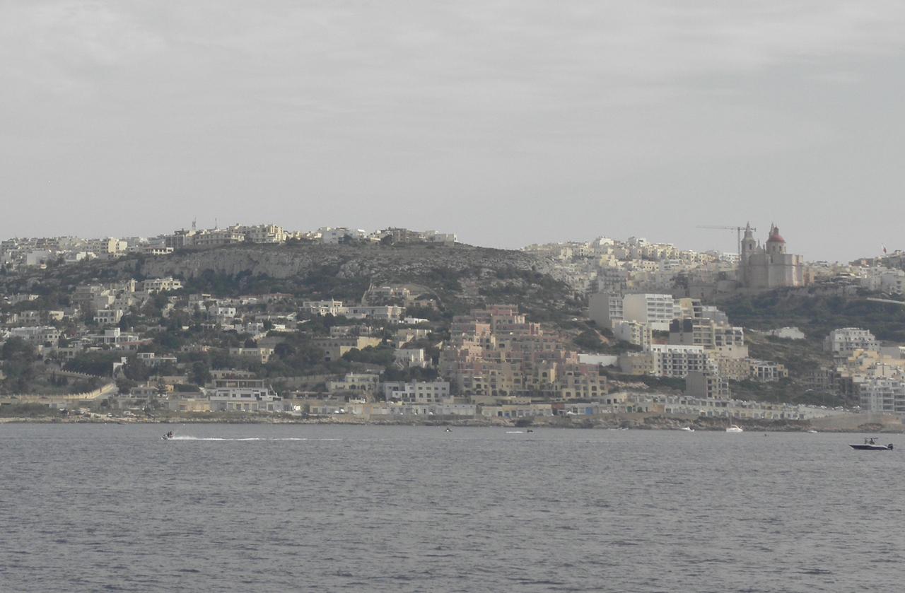 マルタ、海と陸がぶつかる場所でのささやかな攻防記