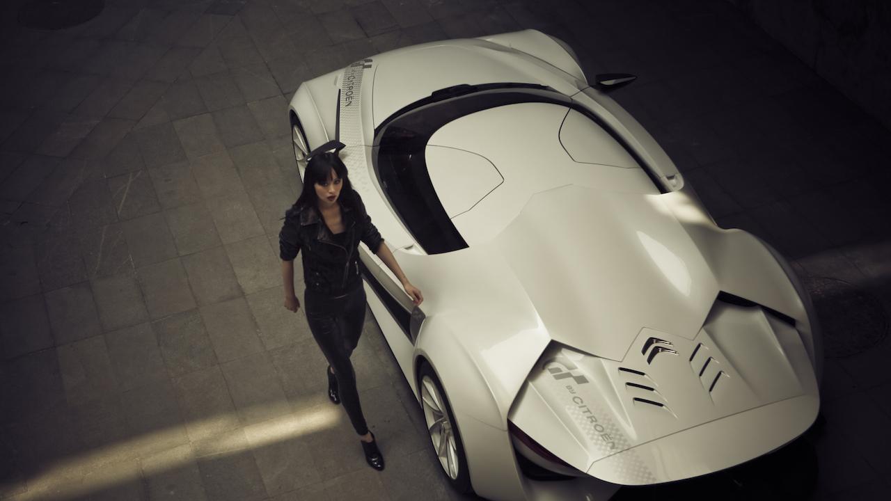 ザ・インタビュー「頑固なドリーマー、スーパーカーデザイナー 山本卓身が巻き起こす革新」