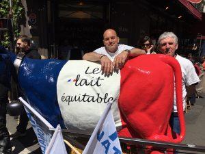 滞仏日記「なぜフランス人はデモをするのか? デモ隊に訊いてみた」