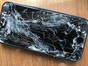 滞仏日記「紛失していた携帯が戻って来て、僕はまた泣いた」