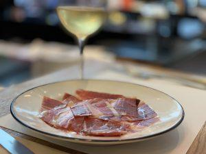 滞仏日記「パリ最強の食品館で、夏を満喫」