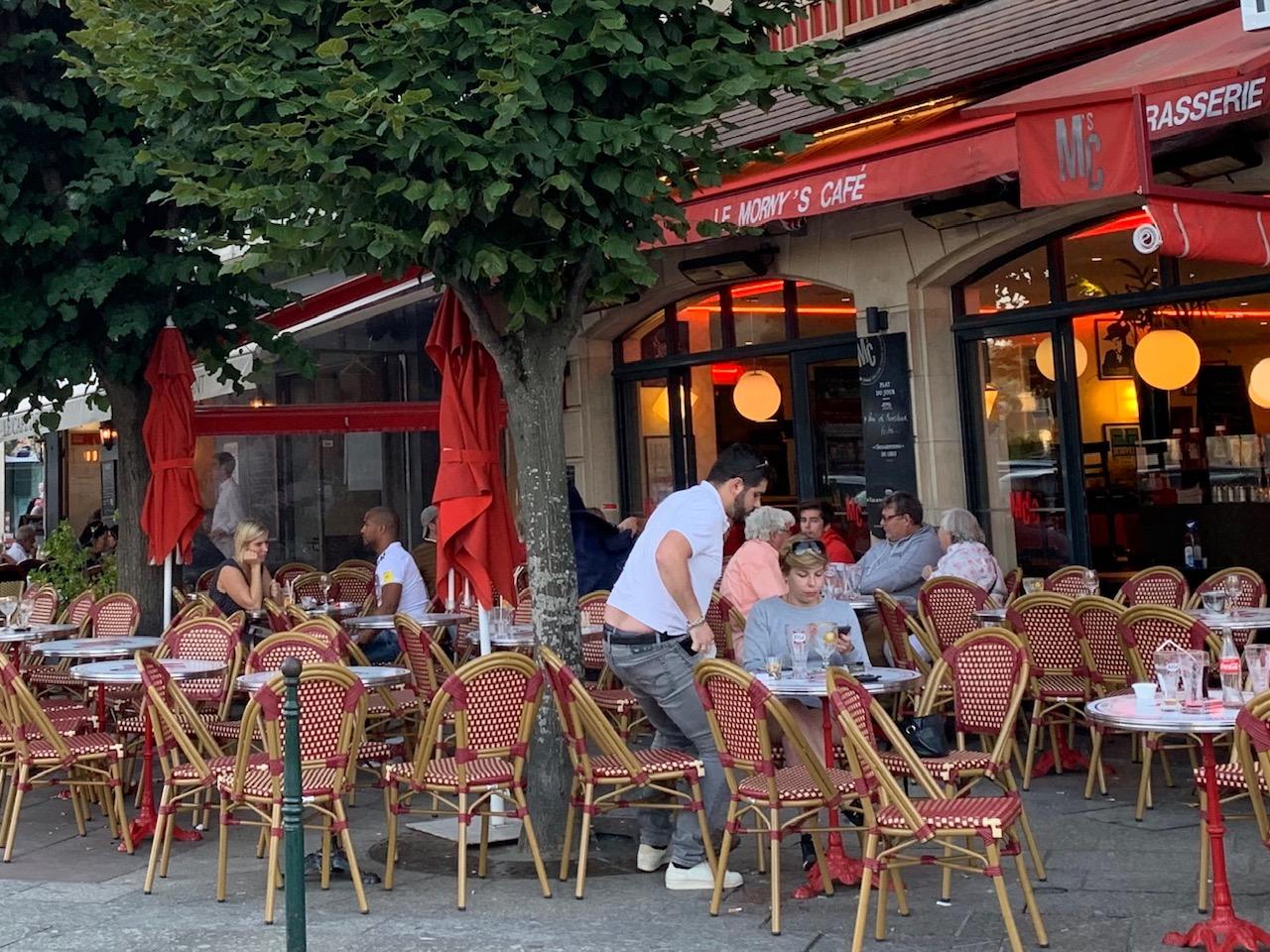 滞仏日記「いつものカフェで、いつものぼく」