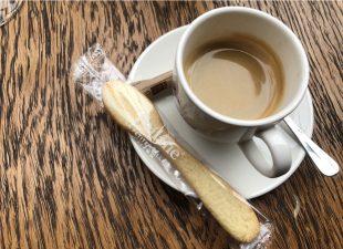 滞仏日記「カフェで気合注入コーヒーの選び方」