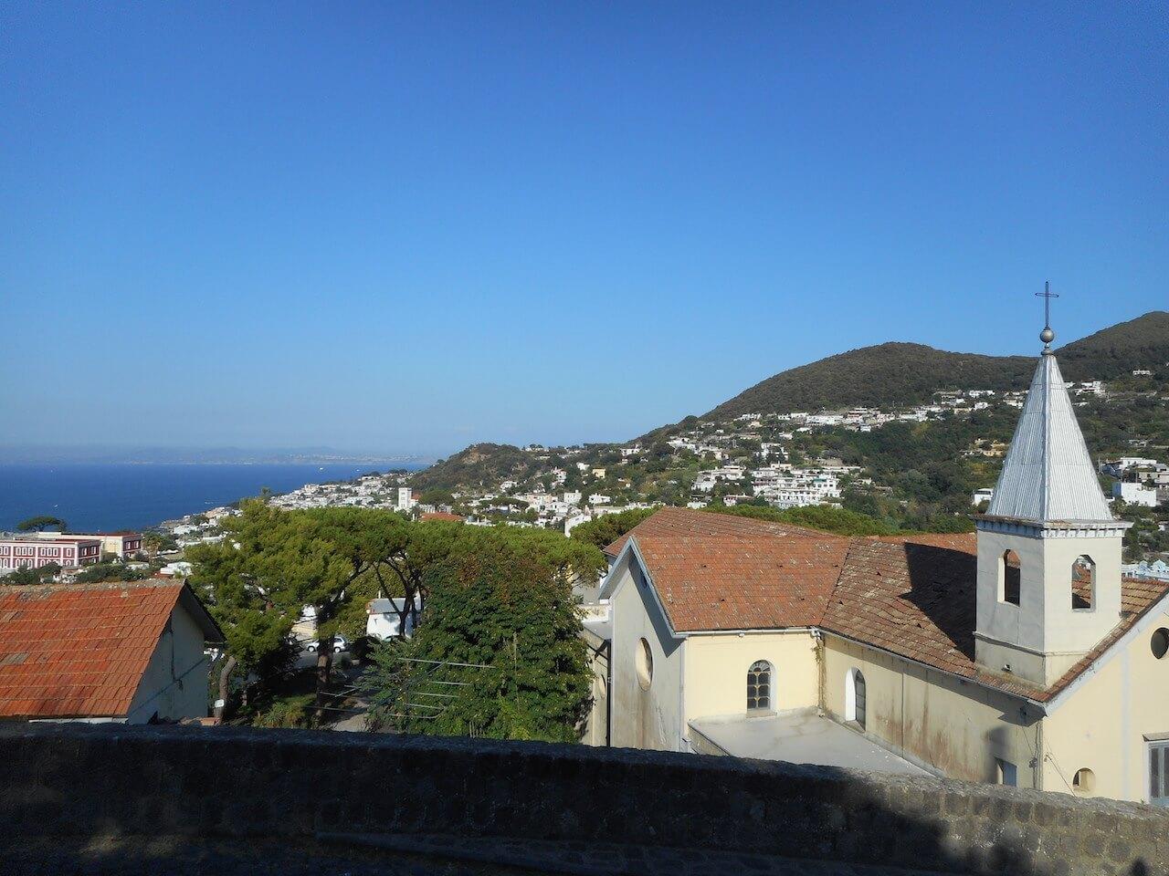 地中海の楽園を地震が襲った日