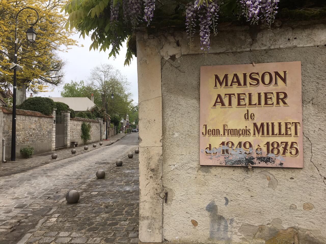 ミレーが愛したバルビゾン村を歩く