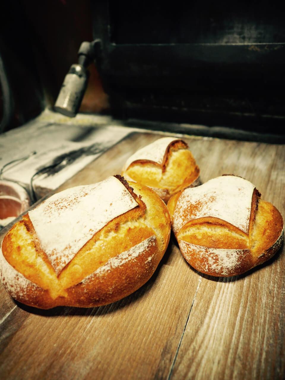 「シンプル イズ ビューティフル」おいしいパンとプロヴァンス料理