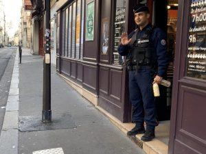 退屈日記「外出制限が続くパリ市内はこんな感じなのだ」