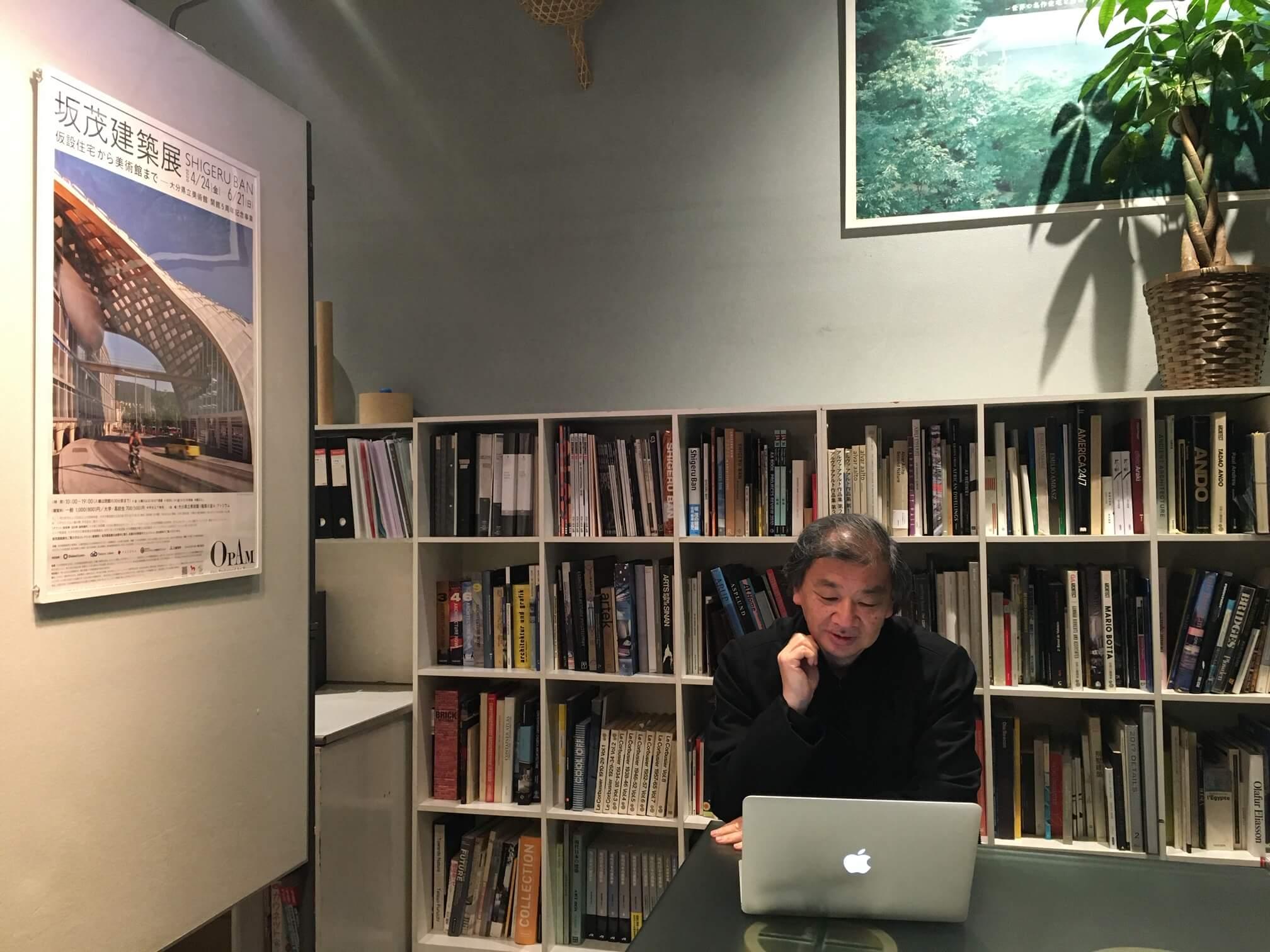 ロックダウンシティ、東京とパリを結ぶ緊急対話「坂 茂×辻 仁成」