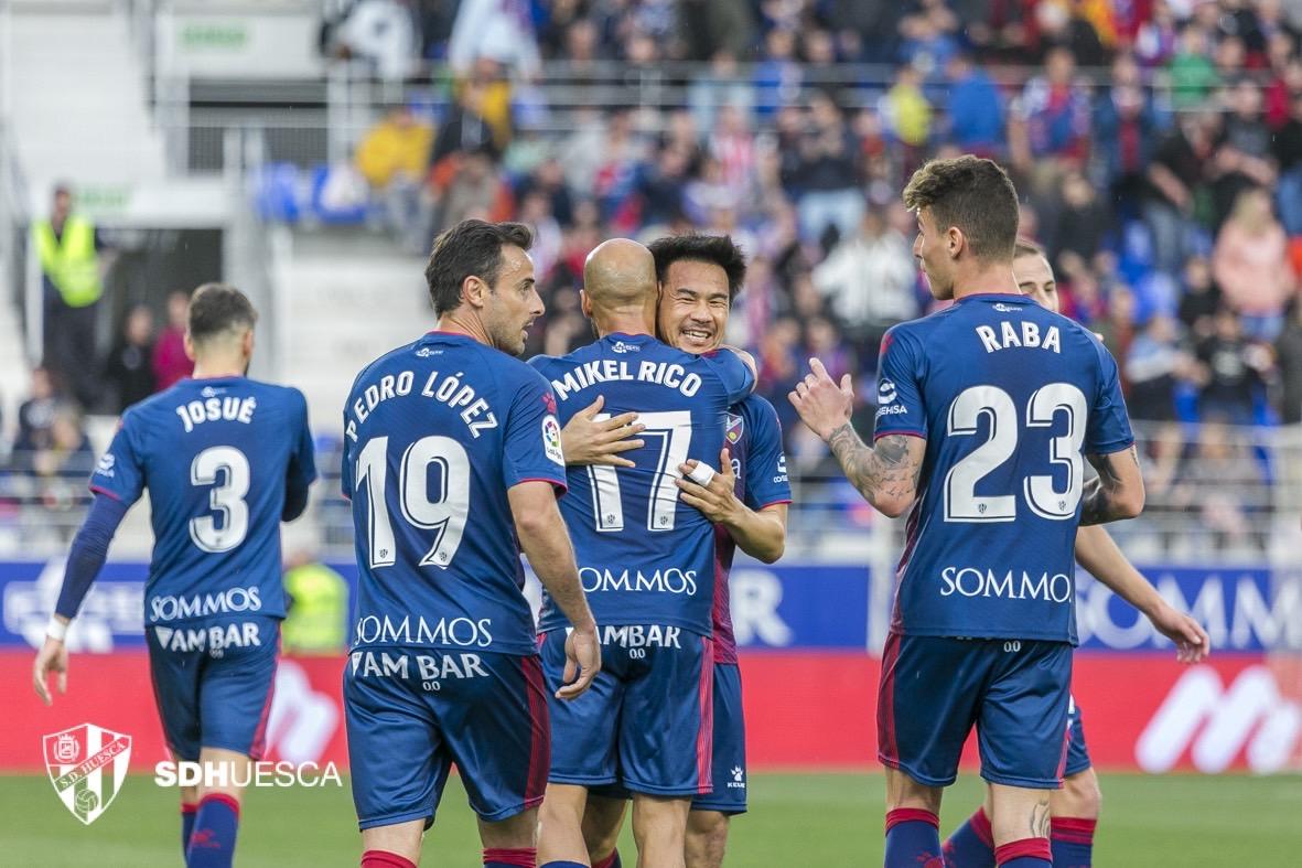 ザ・インタビュー「サッカー選手、岡崎慎司のサッカーとコロナと家族のあいだ」