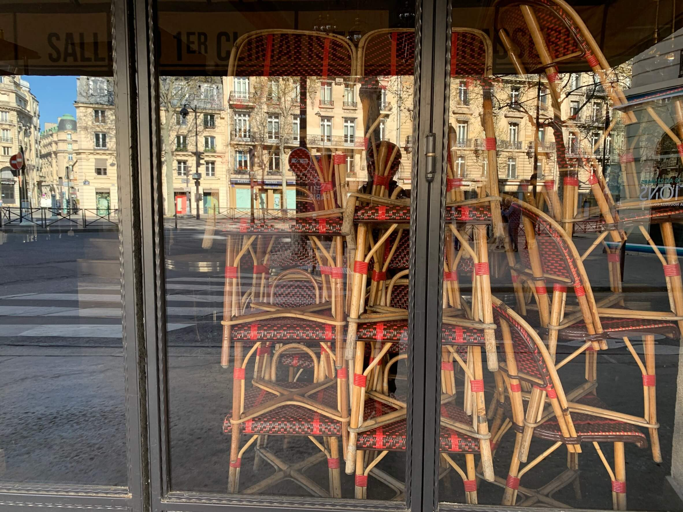 滞仏日記「案の定、パリ首都圏がロックダウンになったが、ぼくは変わらず」