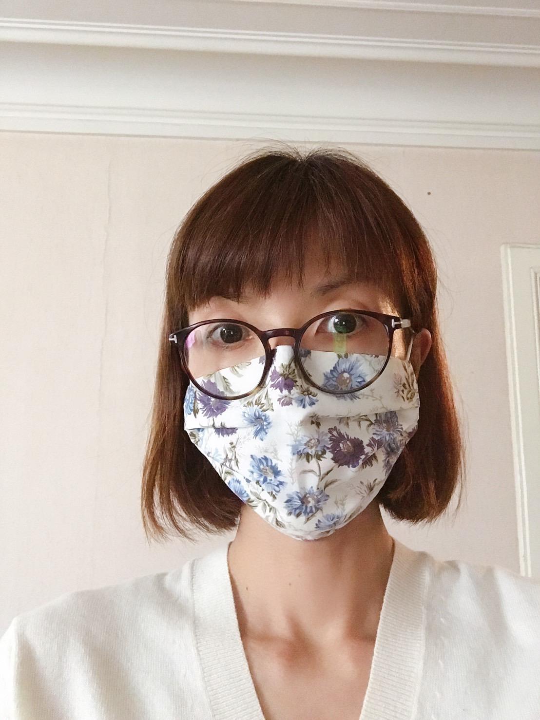 パリ最新情報「パリジャン、パリジェンヌによるマスクの美学」