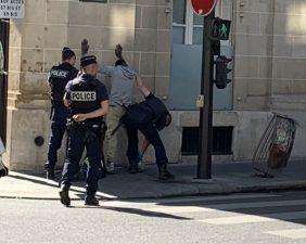 滞仏日記「ぼくの目の前で、不意に黒人青年が警察に取り押さえられた」