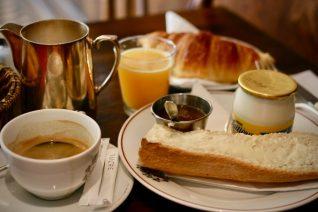 家庭フレンチの定番を「ランチより、ディナーより、プチデジュネ(朝ごはん)が好き」