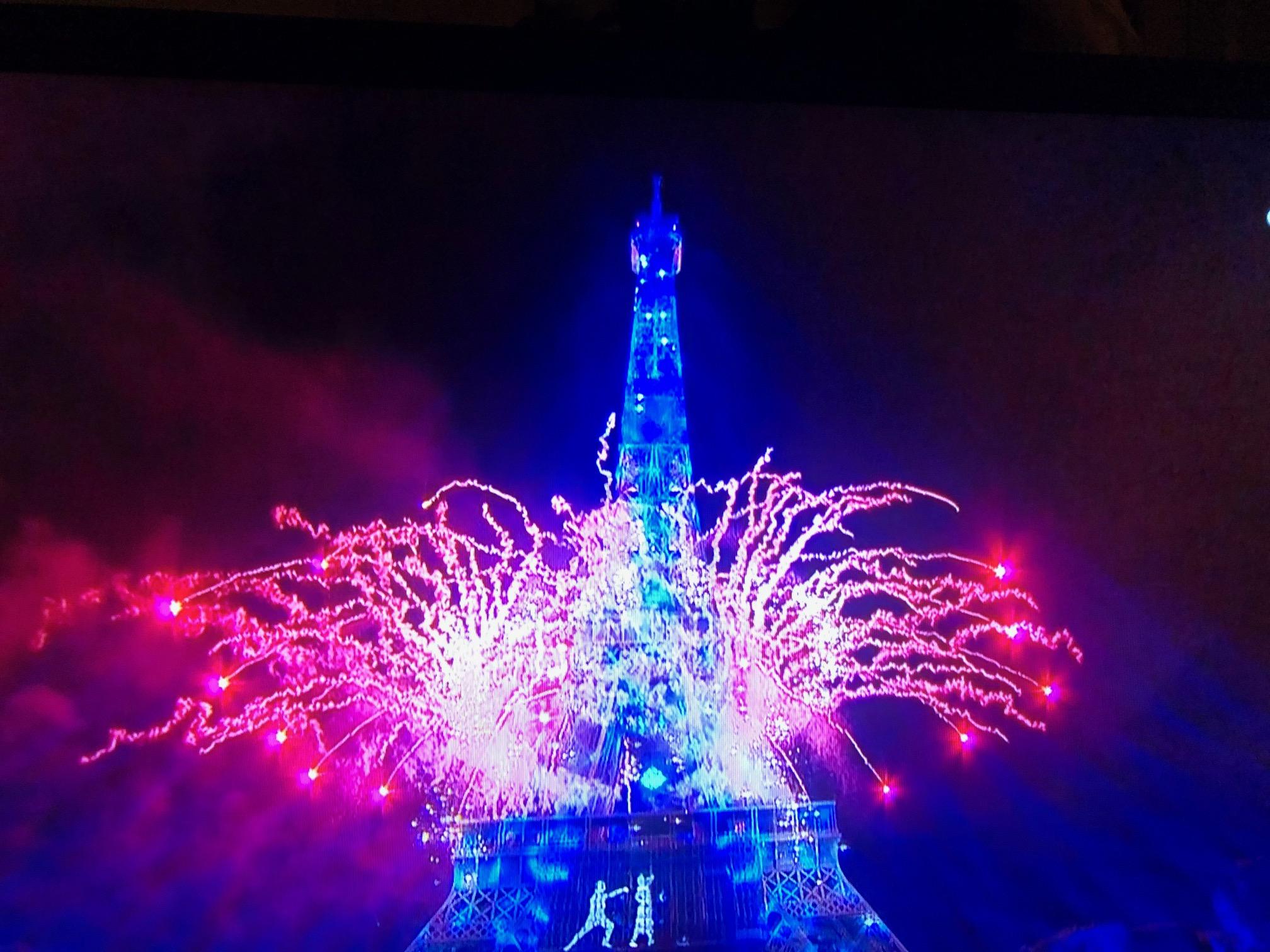 パリ最新情報「コロナを封じ込める有効な手立てを探す」