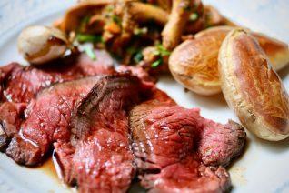家庭フレンチの定番を「肉料理に。簡単、美味しいじゃがいもの付け合わせ」