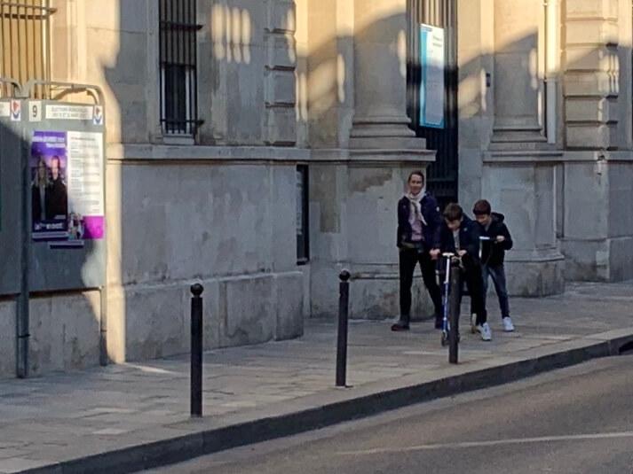 パリ最新情報「ロックダウン生活に役立つ、いいことダメなこと Q&A」