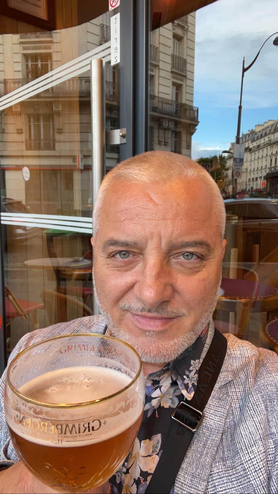 滞仏日記「夏至のパリで、ぼくはウフマヨ摘まんで、ワインと音楽祭!」