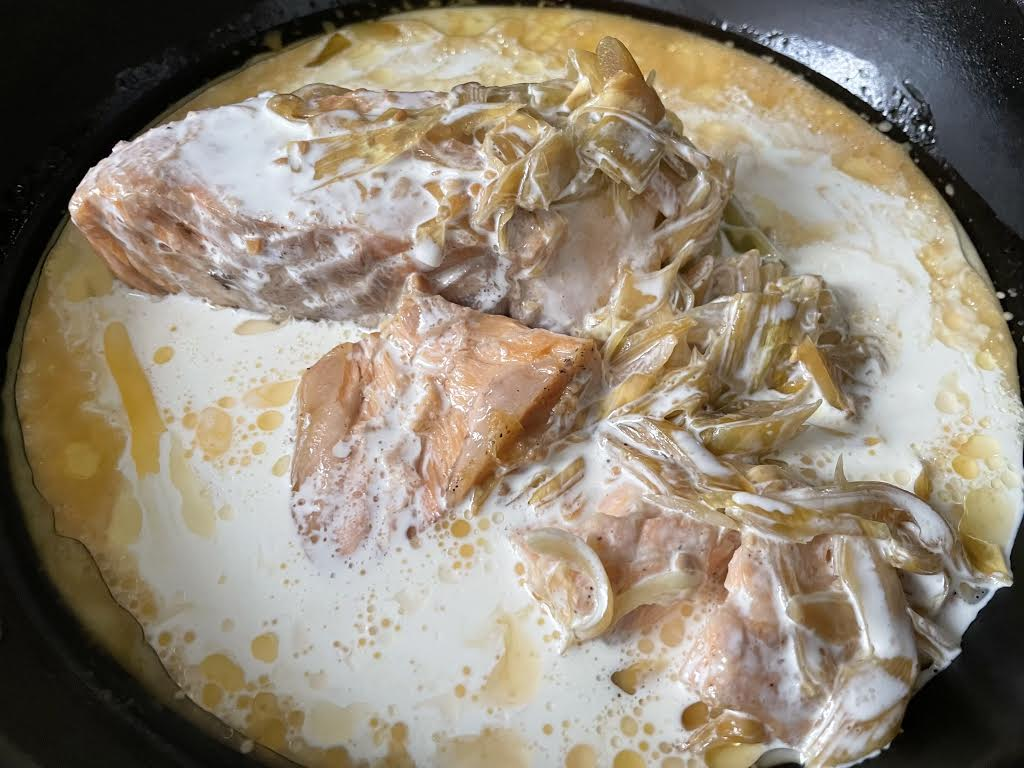 父ちゃんの簡単レシピ「辻家の定番、サーモンの味噌クリームパスタ~」
