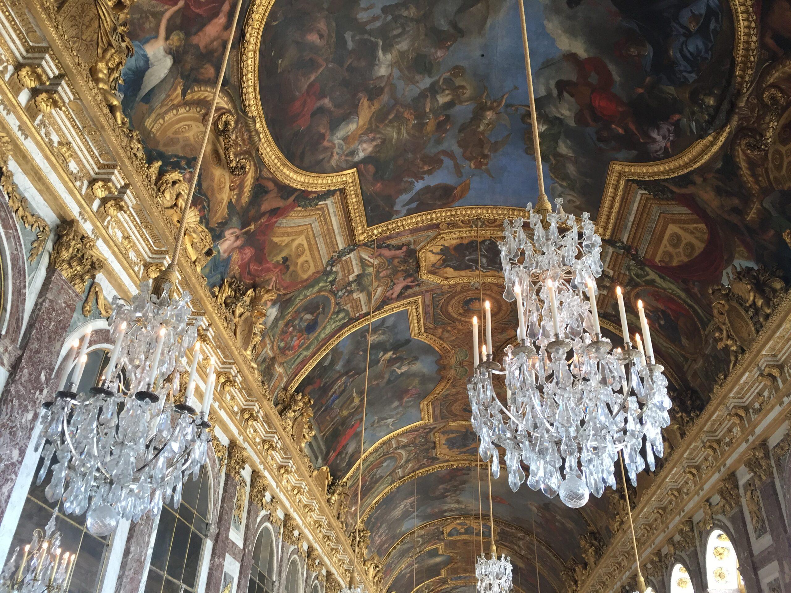 パリ最新情報「バカンスに行けなかった子供たちへ、ヴェルサイユ宮殿からの贈り物」