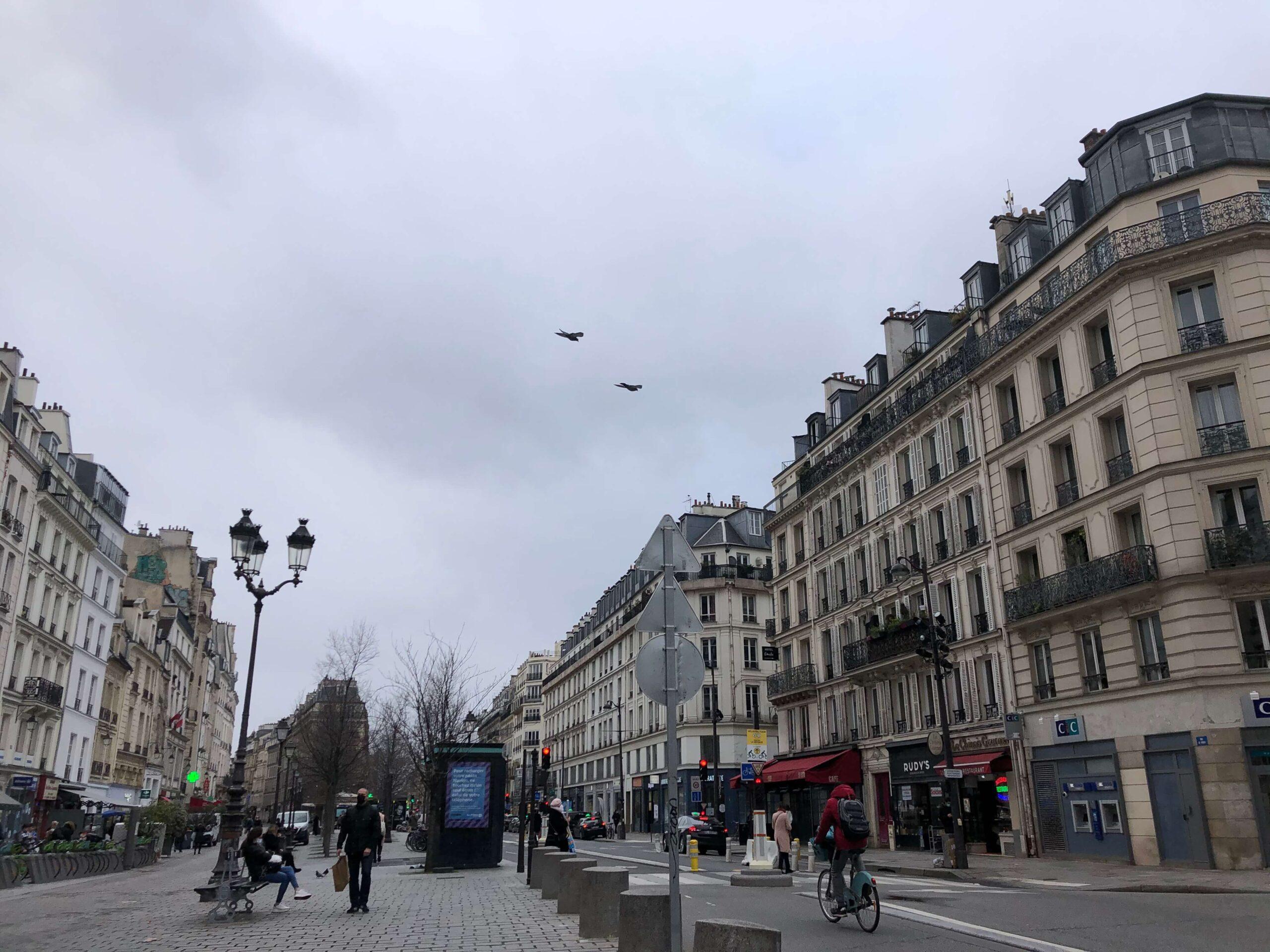 パリ最新情報「オフィスレスという新しい働き方」